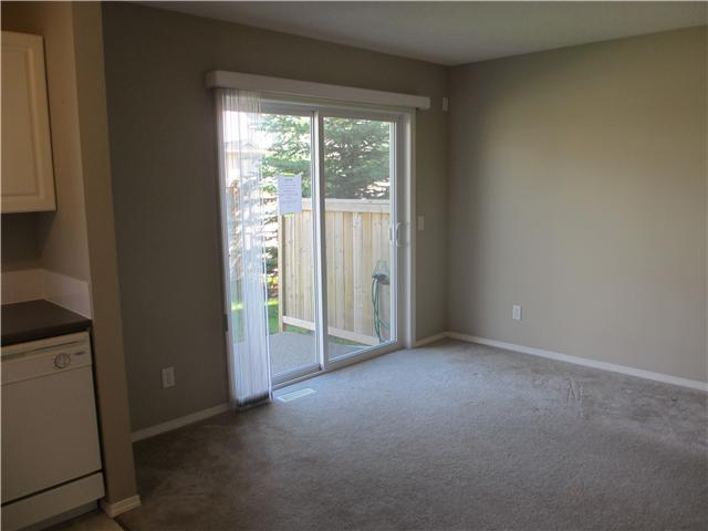 Photo 3: 53 EVERSYDE Point SW in CALGARY: Evergreen Townhouse for sale (Calgary)  : MLS® # C3536284