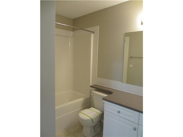 Photo 6: 53 EVERSYDE Point SW in CALGARY: Evergreen Townhouse for sale (Calgary)  : MLS® # C3536284