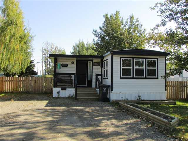 "Main Photo: 8819 75TH Street in Fort St. John: Fort St. John - City SE Manufactured Home for sale in ""ANNEOFIELD"" (Fort St. John (Zone 60))  : MLS®# N230729"