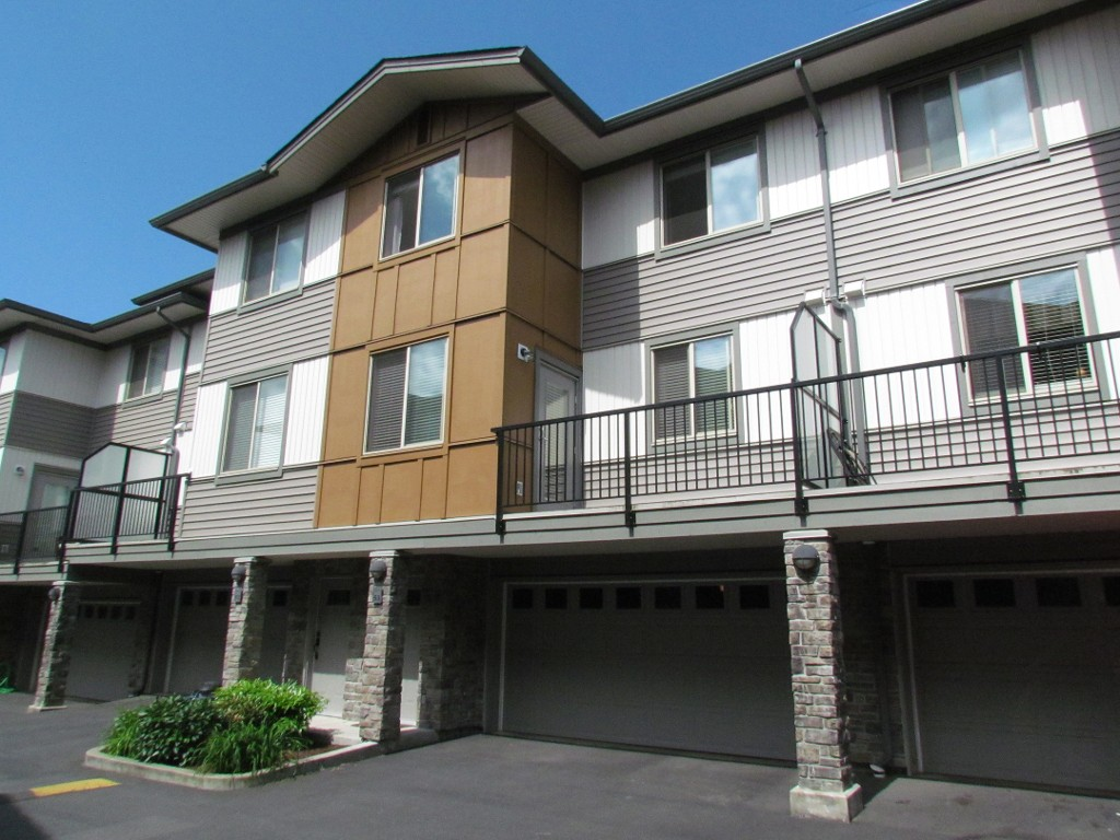 Main Photo: #53 34248 King Rd. in Abbotsford: Townhouse for rent