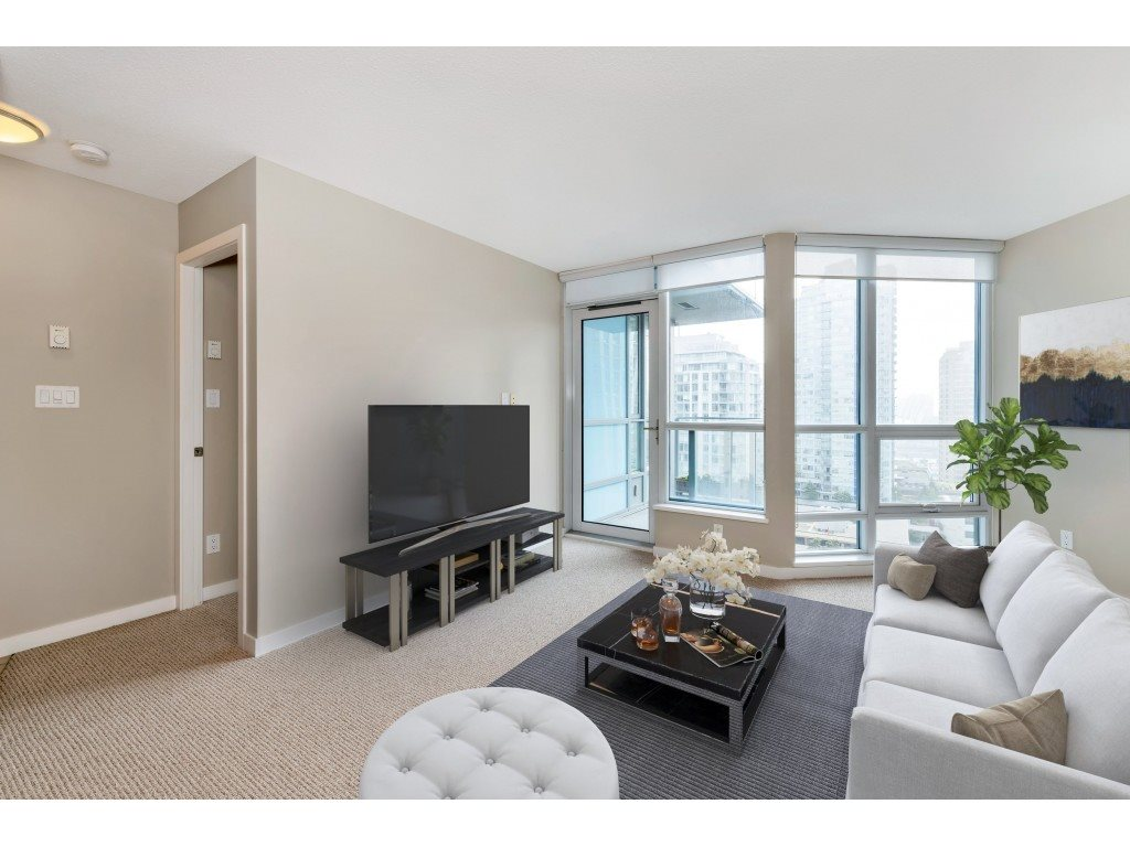 FEATURED LISTING: 1304 - 833 SEYMOUR Street Vancouver
