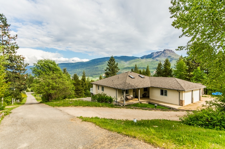 Main Photo: 3 6500 Southwest 15 Avenue in Salmon Arm: Panorama Ranch House for sale (SW Salmon Arm)  : MLS®# 10116081