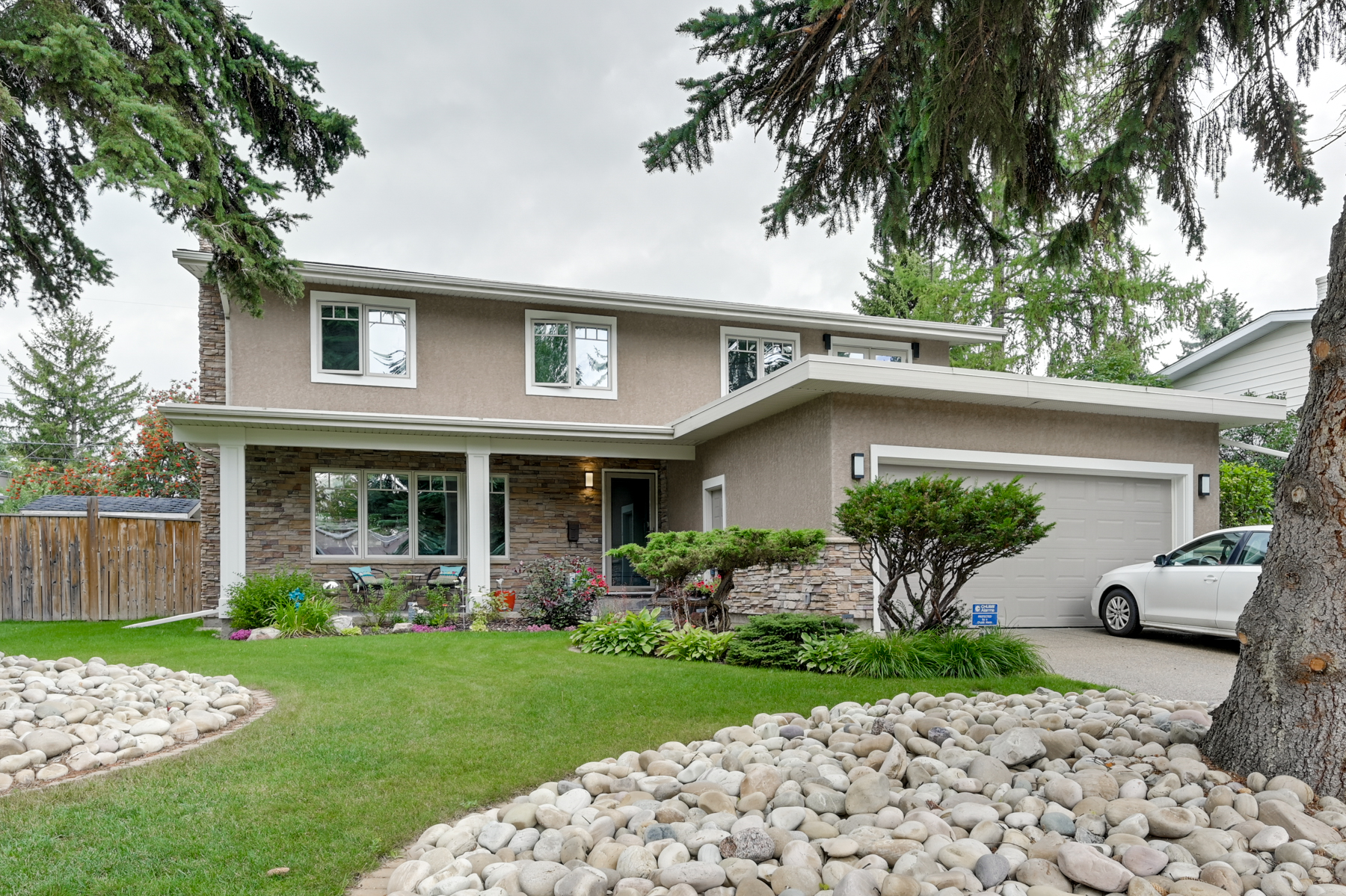 FEATURED LISTING: 6 Valleyview Crescent Northwest Edmonton