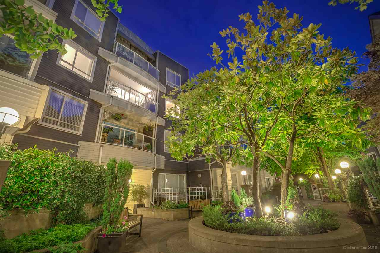 FEATURED LISTING: 304 - 789 16TH Avenue West Vancouver