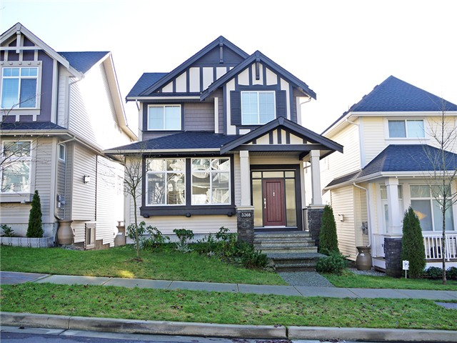 FEATURED LISTING: 3368 WATKINS Avenue Coquitlam