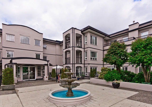 Main Photo: 301 - 1533 Best St.: White Rock Condo for sale : MLS®# F1310074