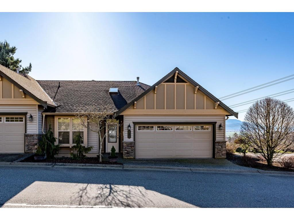 FEATURED LISTING: 1 2842 WHATCOM Road Abbotsford