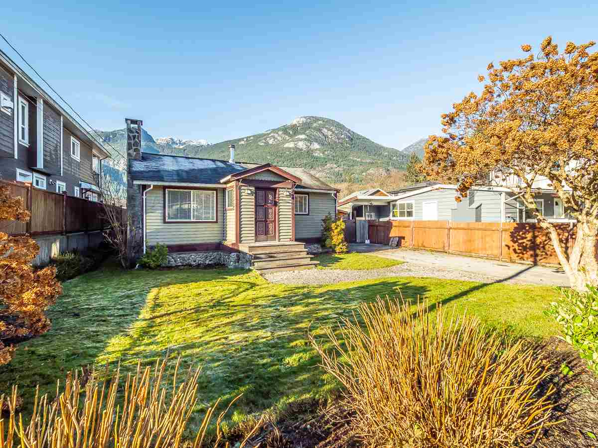 FEATURED LISTING: 38867 BRITANNIA Avenue Squamish