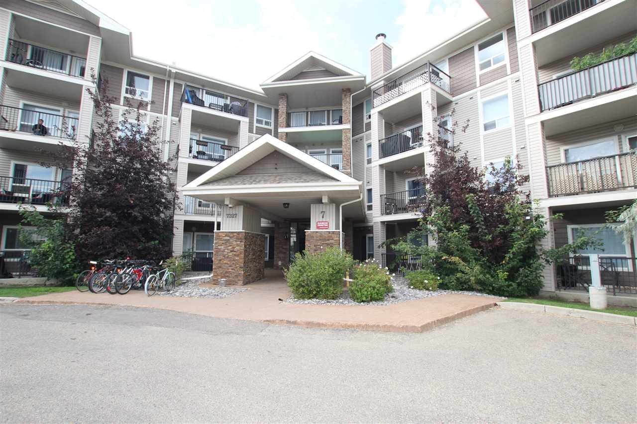 FEATURED LISTING: 7422 - 7327 SOUTH TERWILLEGAR Drive Northwest Edmonton