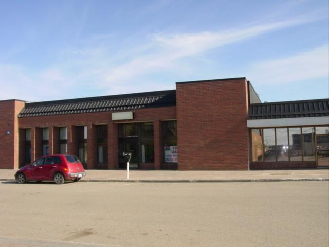 Main Photo: 9940 102ND Avenue in FORT ST. JOHN: Fort St. John - City NE Commercial for lease (Fort St. John (Zone 60))  : MLS®# N4505720