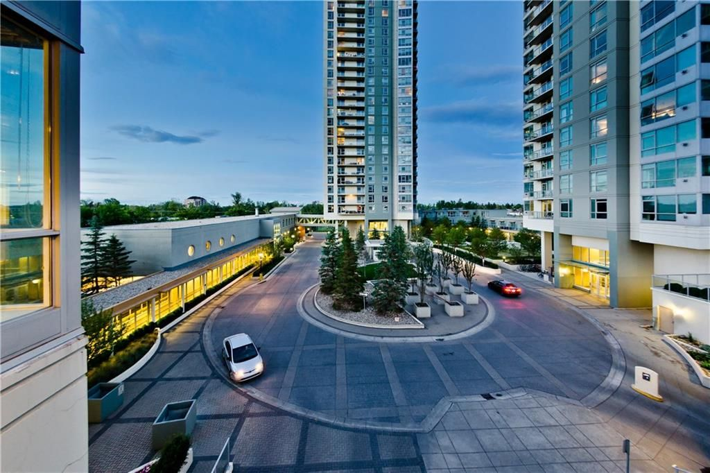 FEATURED LISTING: 303 - 55 SPRUCE Place Southwest Calgary