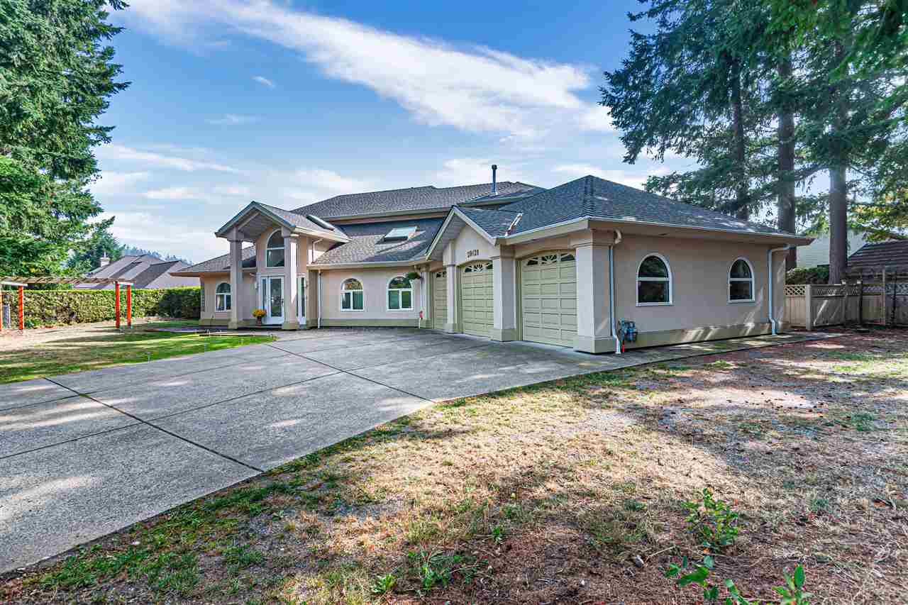 FEATURED LISTING: 20428 32 Avenue Langley