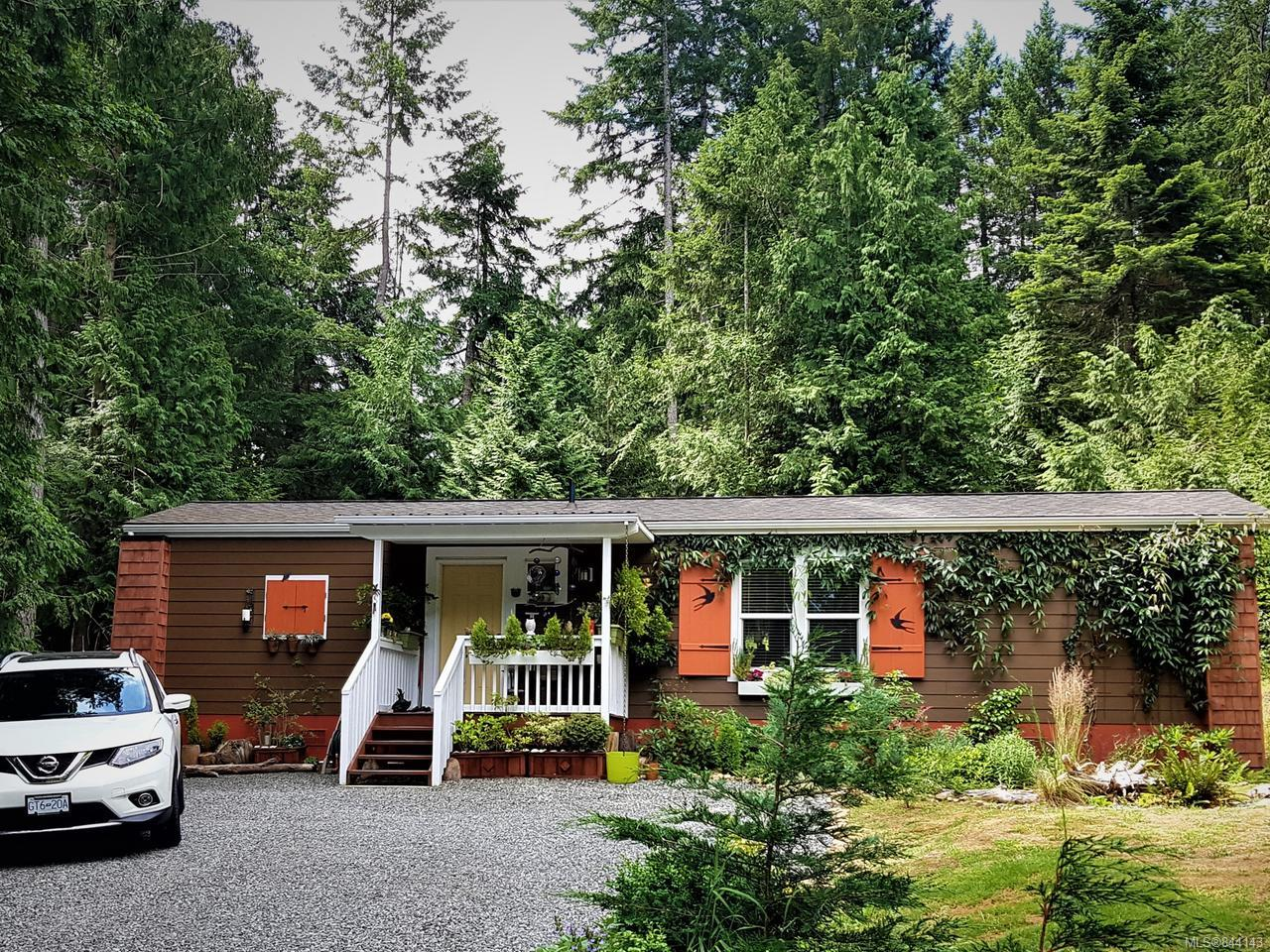 FEATURED LISTING: 1051 Bertha Ave GABRIOLA ISLAND