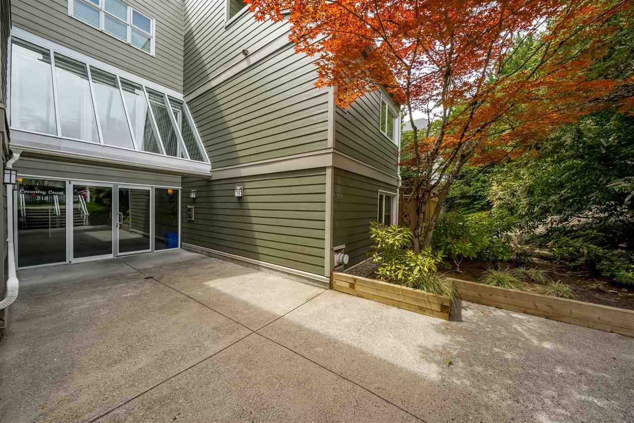 FEATURED LISTING: 211 - 518 THIRTEENTH Street New Westminster