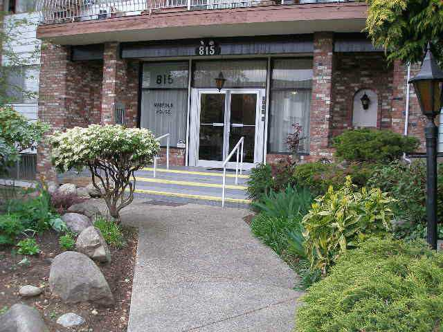 "Main Photo: 214 815 FOURTH Avenue in New Westminster: Uptown NW Condo for sale in ""NORFOLK HOUSE"" : MLS®# V1007594"