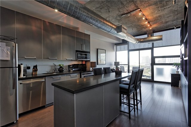 Photo 12: 60 Bathurst St Unit #1003 in Toronto: Niagara Condo for sale (Toronto C01)  : MLS® # C3274134