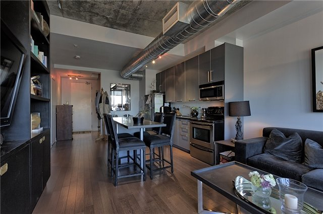 Photo 16: 60 Bathurst St Unit #1003 in Toronto: Niagara Condo for sale (Toronto C01)  : MLS® # C3274134