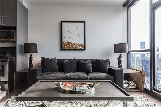 FEATURED LISTING: 1003 - 60 Bathurst Street Toronto