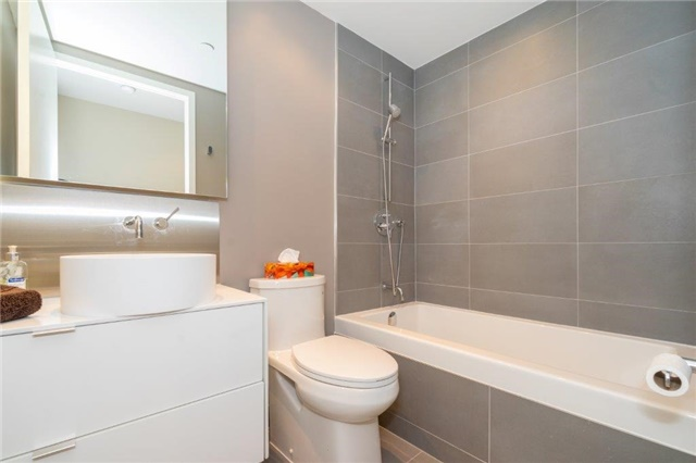 Photo 10: 383 Sorauren Ave Unit #201 in Toronto: Roncesvalles Condo for sale (Toronto W01)  : MLS® # W3759458