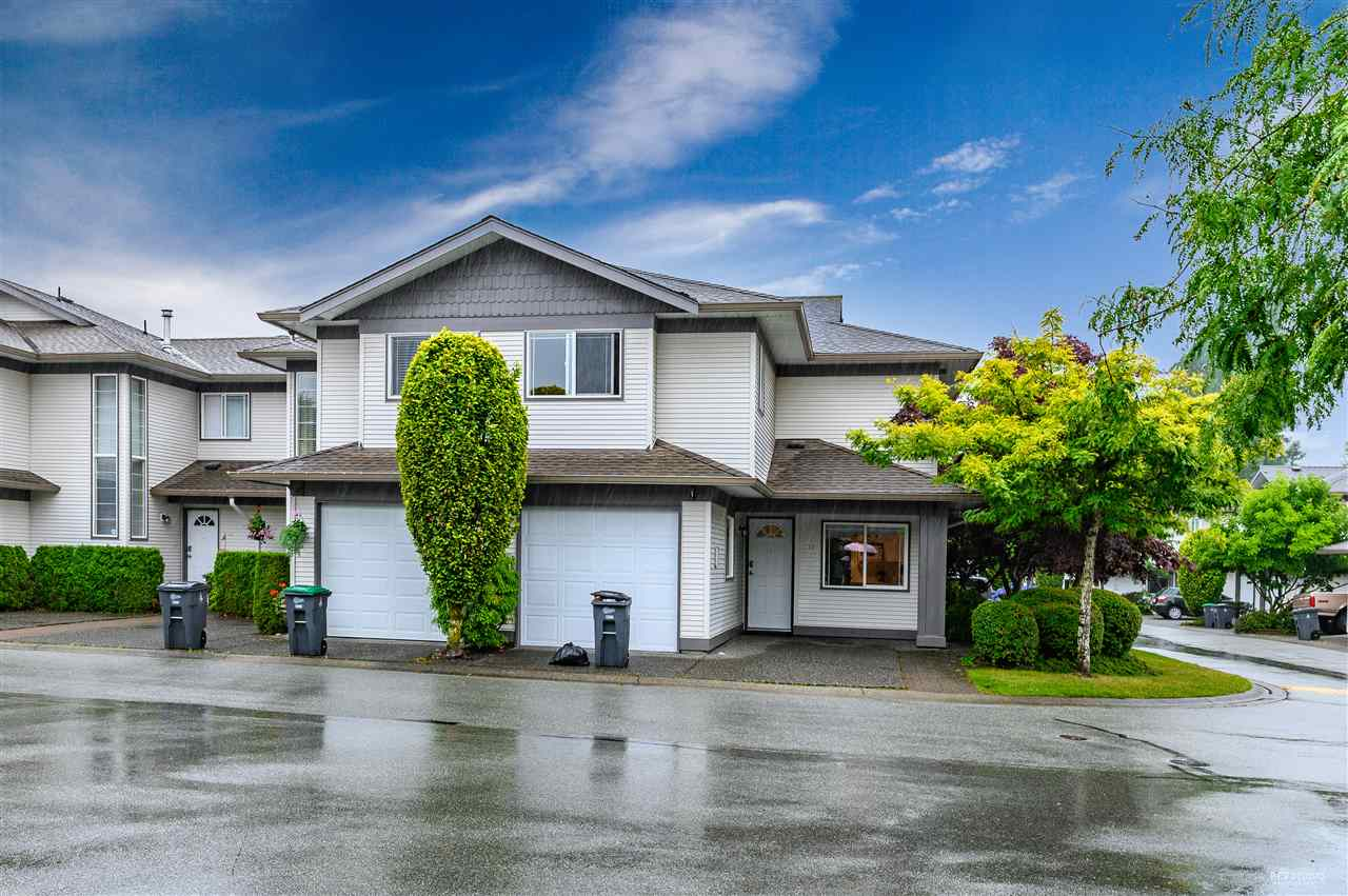 FEATURED LISTING: 316 16233 82 Avenue Surrey