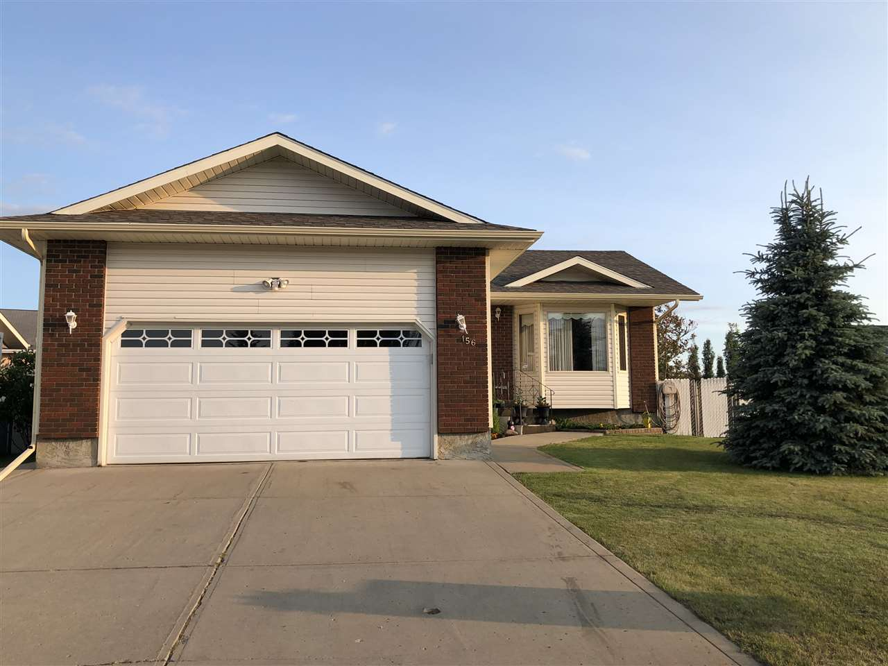 FEATURED LISTING: 156 Northbend Drive Wetaskiwin