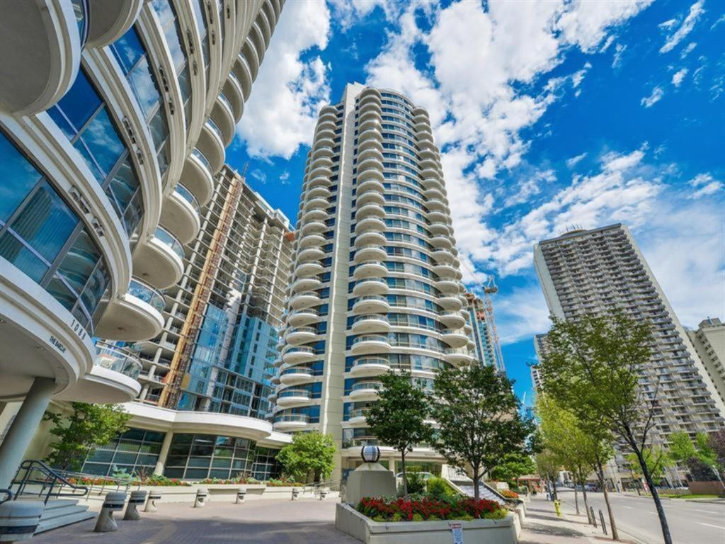 FEATURED LISTING: 2102 - 1078 6 Avenue Southwest Calgary