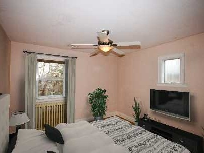 Photo 5: 66 Don Valley Dr in Toronto: Broadview North Freehold for lease (Toronto E03)  : MLS® # E2745113
