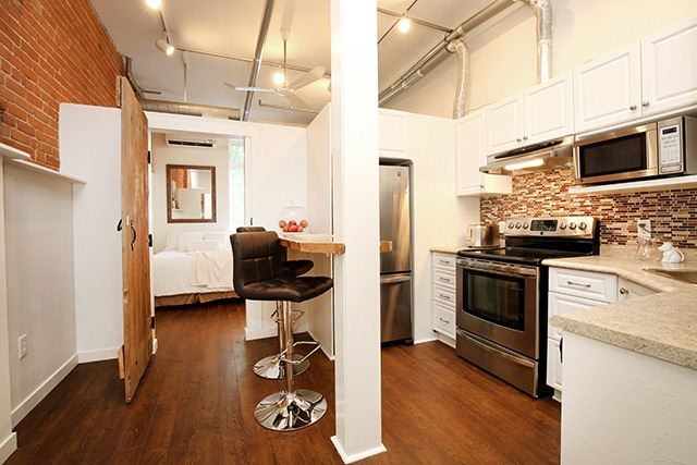 Photo 9: 121 Prescott St Unit #4 in Toronto: Weston-Pellam Park Condo for sale (Toronto W03)  : MLS® # W3264946