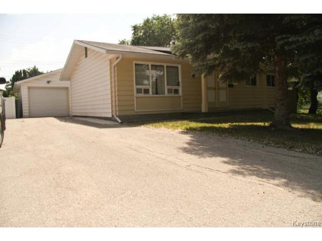 Main Photo: St Martin Blvd in Winnipeg Transcona: Residential for sale : MLS® # 1315793