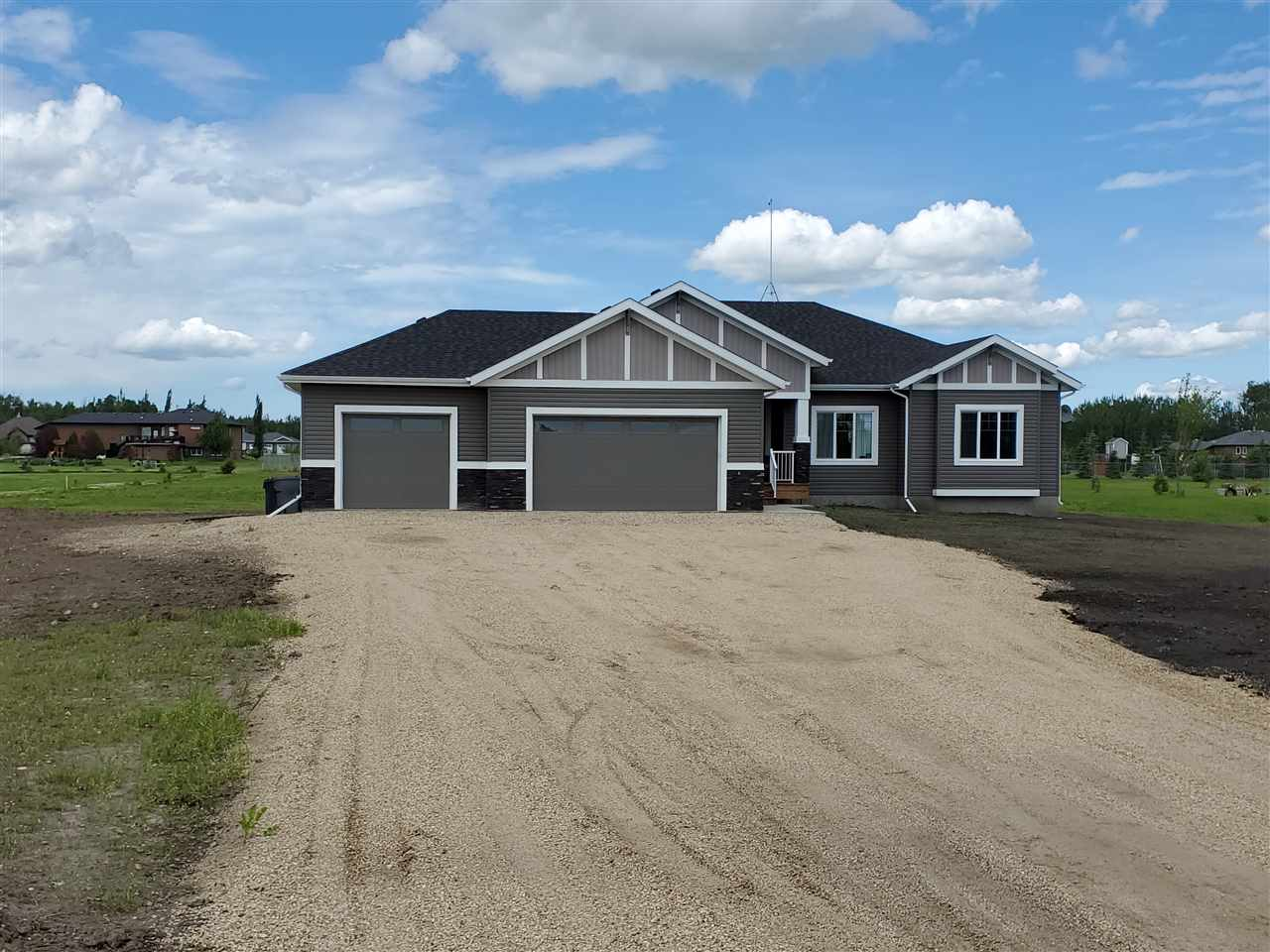FEATURED LISTING: 8 53521 RGE RD 272 Rural Parkland County