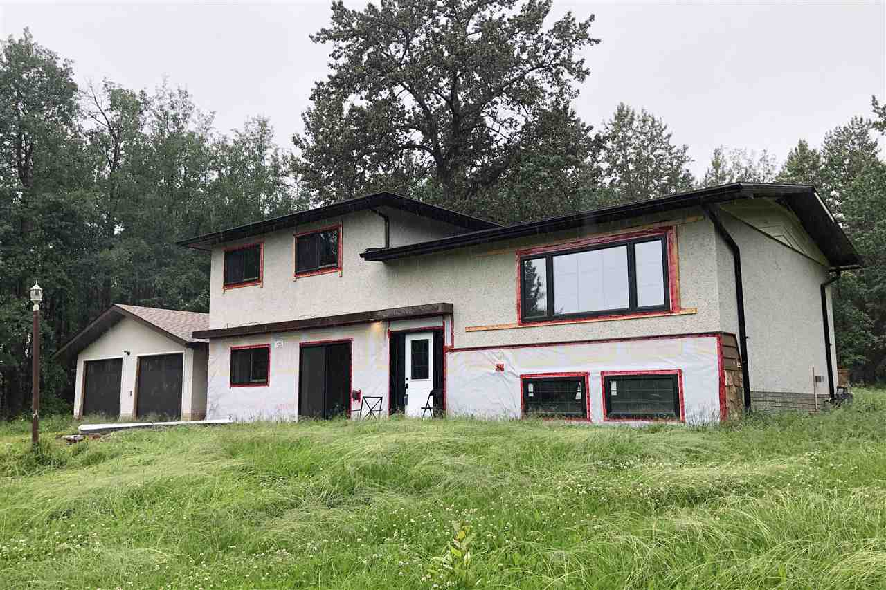 FEATURED LISTING: 49024 Range Road 73 Rural Brazeau County
