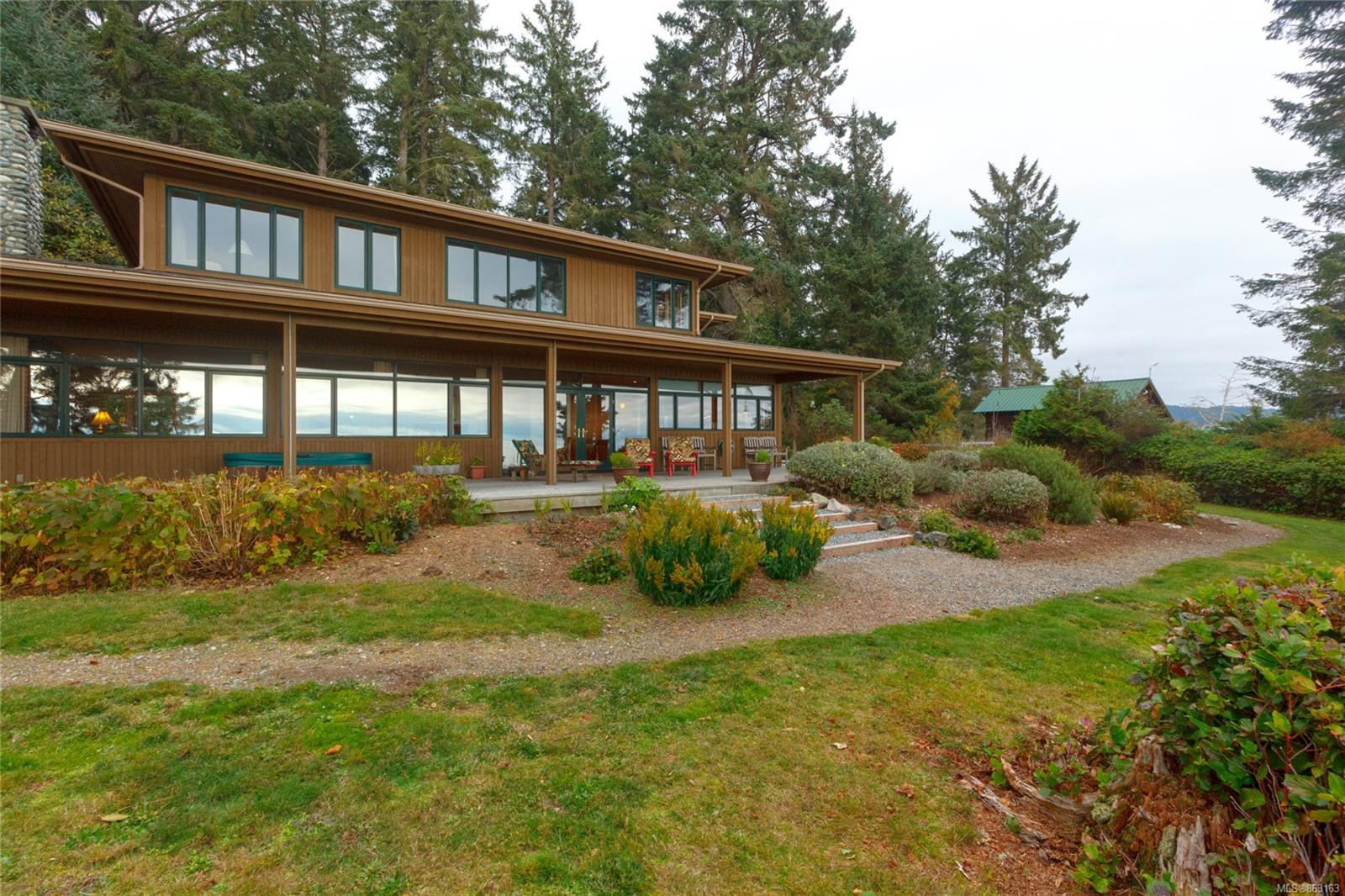 FEATURED LISTING: 2892 Fishboat Bay Rd
