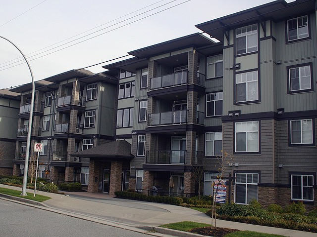 "Main Photo: 308 2068 SANDALWOOD Crescent in Abbotsford: Central Abbotsford Condo for sale in ""The Sterling"" : MLS®# F1228061"