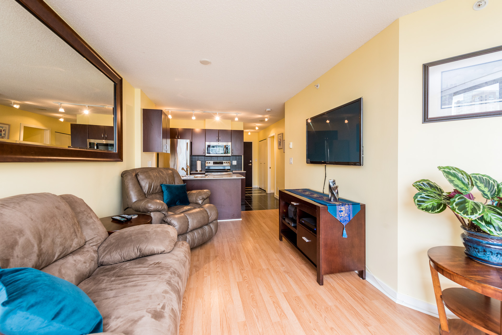 FEATURED LISTING: 1315 - 938 SMITHE Street Vancouver