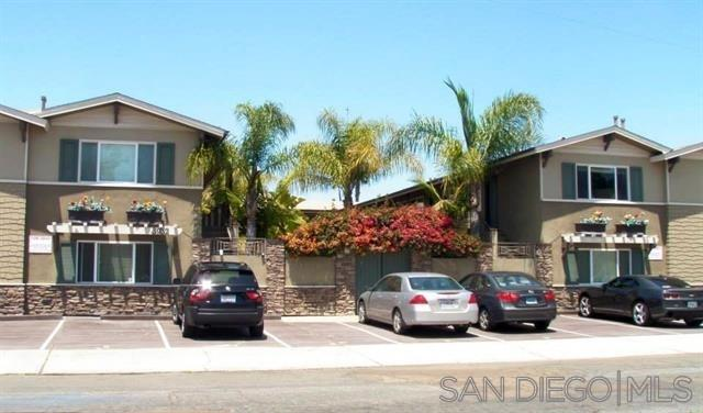 FEATURED LISTING: 3 3932 9Th Ave San Diego