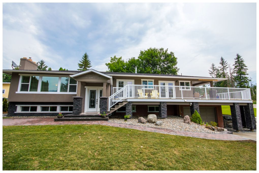 Main Photo: 2245 Northeast 24 Avenue in Salmon Arm: Appleyard House for sale (NE Salmon Arm)  : MLS® # 10087349