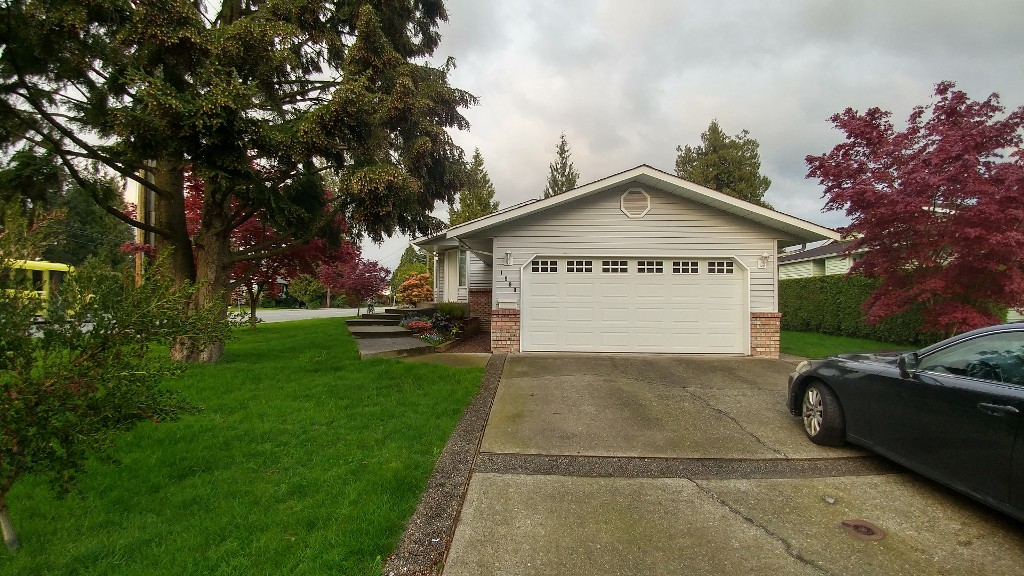 Main Photo: 1990 Maplewood Place in Abbotsford: Central Abbotsford House for rent