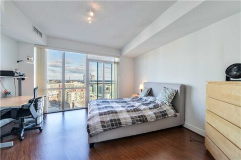 Photo 3: 112 George St Unit #S2007 in Toronto: Moss Park Condo for sale (Toronto C08)  : MLS® # C3155617