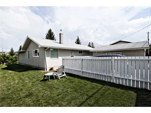 Photo 17: 4107 37 Street SW in CALGARY: Glamorgan Residential Detached Single Family for sale (Calgary)  : MLS® # C3533487