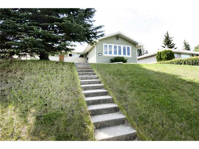 Main Photo: 4107 37 Street SW in CALGARY: Glamorgan Residential Detached Single Family for sale (Calgary)  : MLS® # C3533487