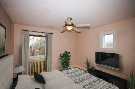 Photo 5: 66 Don Valley Dr in Toronto: Broadview North Freehold for sale (Toronto E03)  : MLS® # E2693741