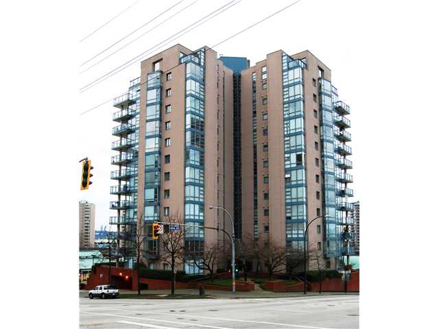 "Main Photo: # 402 - 98 10TH Street in New Westminster: Downtown NW Condo for sale in ""PLAZA POINTE"" : MLS®# V1018924"