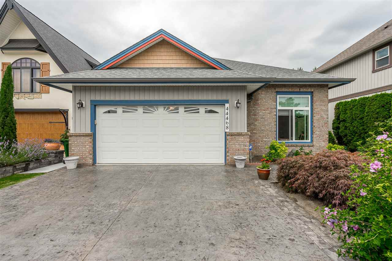 FEATURED LISTING: 44468 MCLAREN Drive Chilliwack