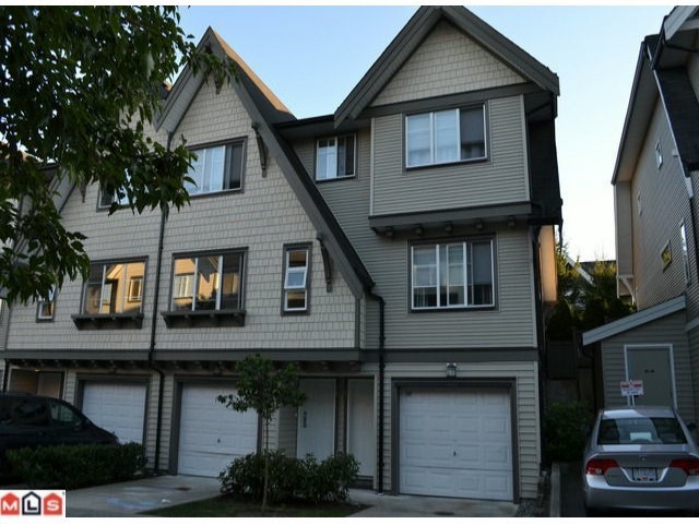 "Main Photo: 29 15871 85 Avenue in SURREY: Fleetwood Tynehead Townhouse for sale in ""HUCKLEBERRY"" (Surrey)  : MLS®# F1229066"