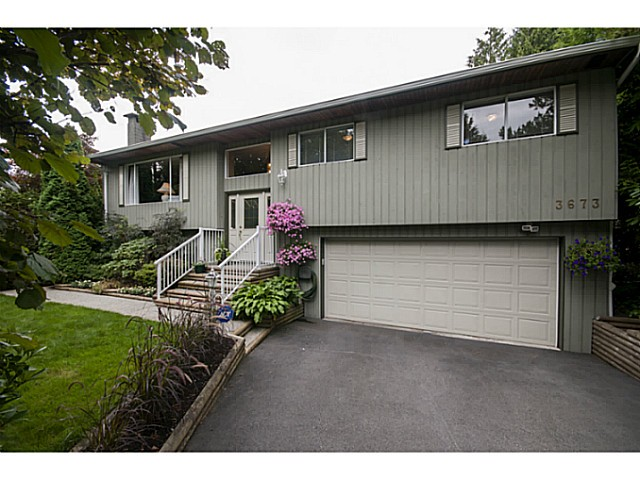 Main Photo: 3673 MOUNTAIN Highway in North Vancouver: Lynn Valley House for sale : MLS®# V1082752