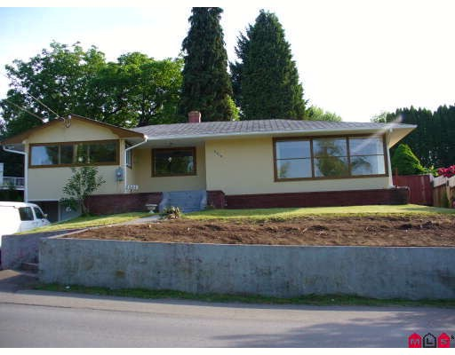 Main Photo: 2361 McKenzie Road in ABBOTSFORD: Abbotsford East House for rent (Abbotsford)