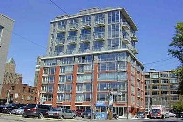FEATURED LISTING: 902 - 36 Charlotte Street Toronto