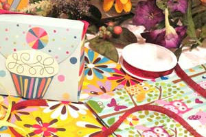 Artistry Gift Wrap