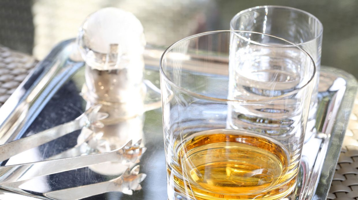 Here's Exactly How Much Water to Put in Your Whisky - Whisky