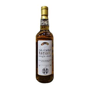 A bottle of Da Mhile Tarian Single Malt.
